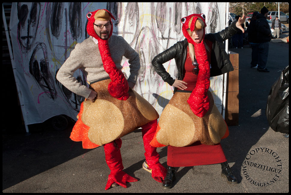Sharna and Winkel dressed as turkeys for Thanksgiving playing with the locals in The Rockaways © Andrzej Liguz/moreimages.net. Not to be used without permission.