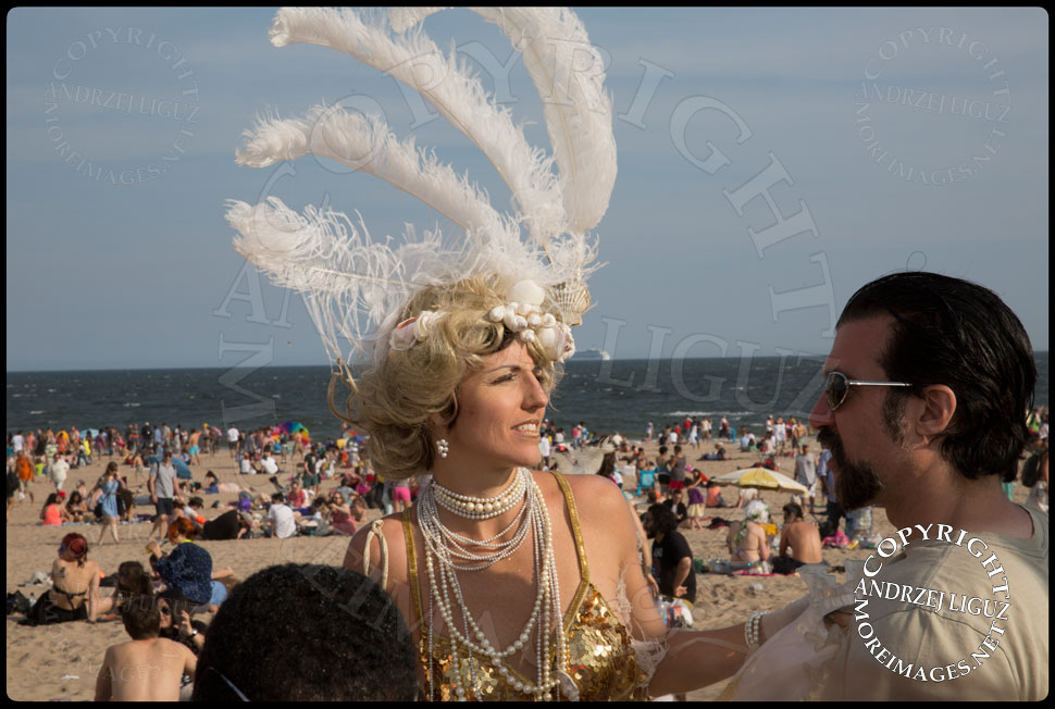 Coney Island Mermaid Parade 2013 © Andrzej Liguz/moreimages.net. Not to be used without permission