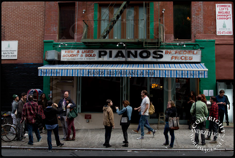 Pianos on the Lower East Side © Andrzej Liguz/moreimages.net. Not to be used without permission