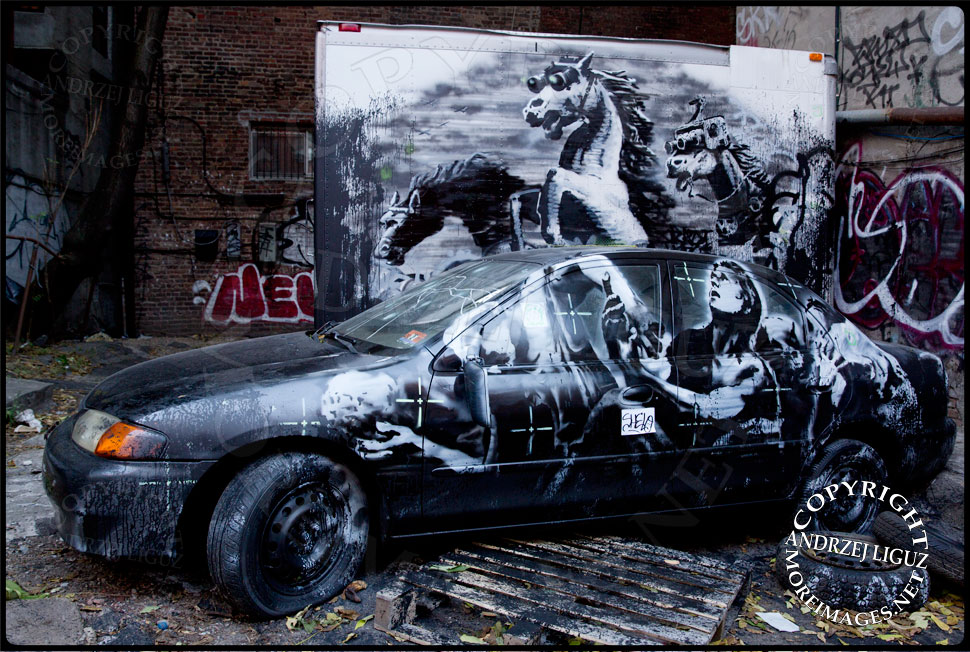 Banksy's artwork opposite Piano's on the Lower East Side that unfortunately disappeared two days before CMJ started © Andrzej Liguz/moreimages.net. Not to be used without permission
