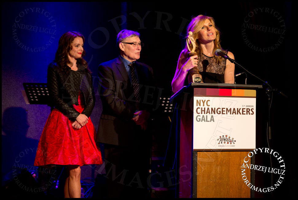 Connie Britton accepting her ChangeMaker Award at the African Childrens Choir 5th Annual NYC ChangeMakers Gala  © Andrzej Liguz/moreimages.net. Not to be used without permission