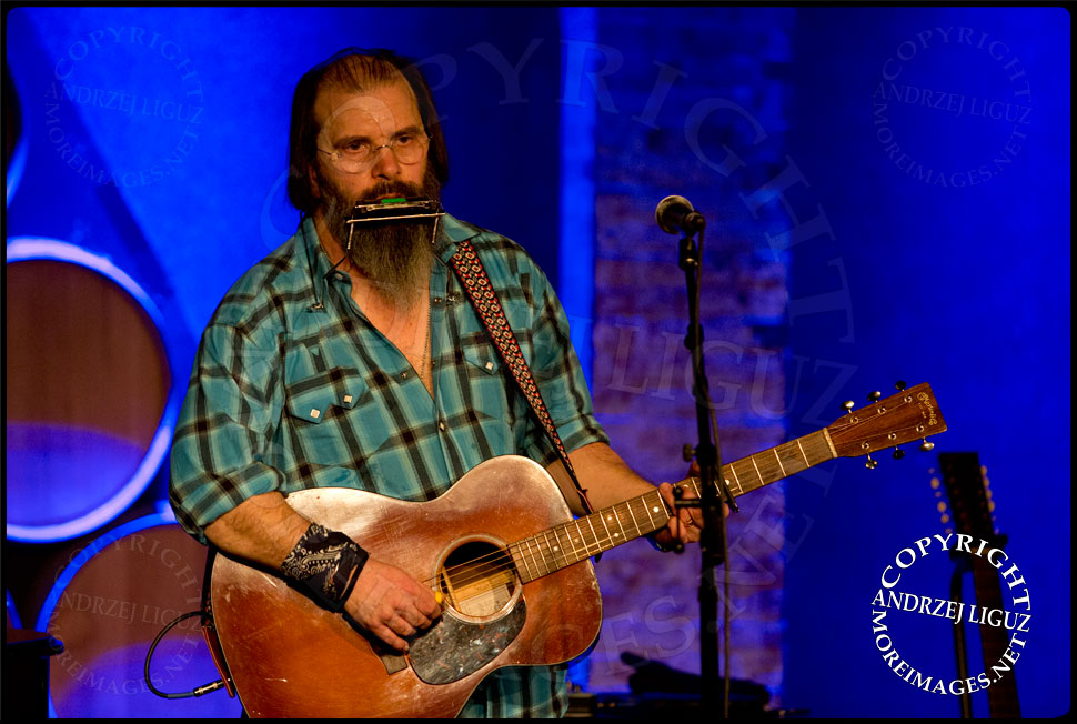 Steve Earle performing at City Winery © Andrzej Liguz/moreimages.net. Not to be used without permission