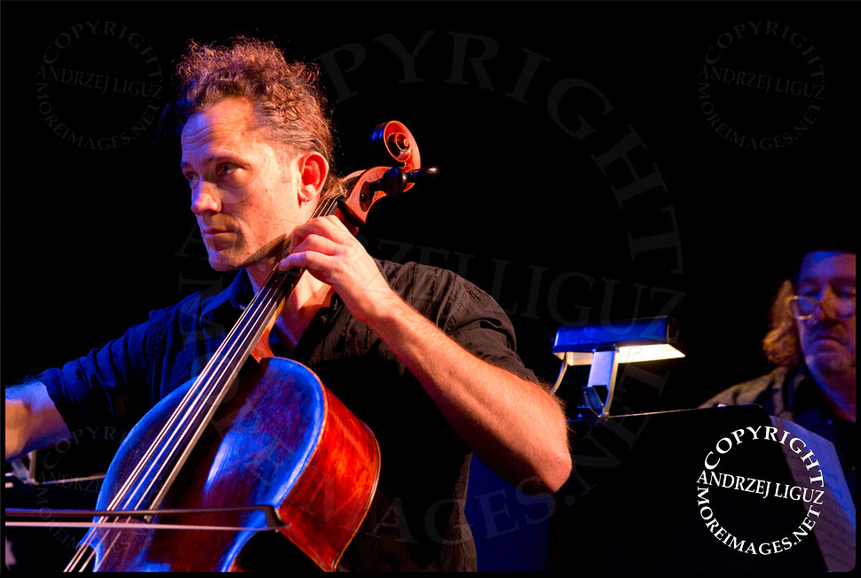 ACO Underground Cellist Julian Thompson © Andrzej Liguz/moreimages.net. Not to be used without permission