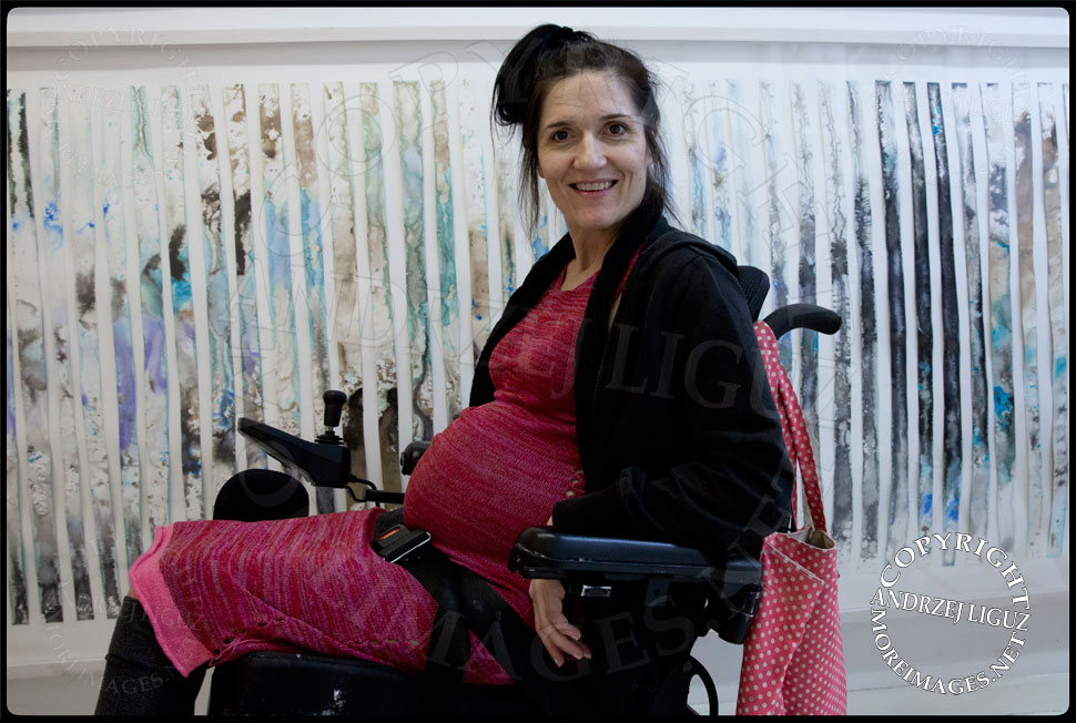 Artist Theresa Byrnes pregnant with her son Sparrow Joe Louis 2013-10-25 in her East Village Gallery 'Suffer' © Andrzej Liguz/moreimages.net. Not to be used without permission