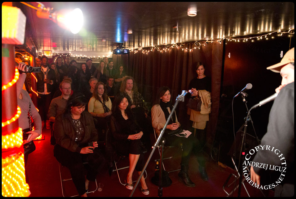 The audience watching Adam Matta perform at the Gralbum launch © Andrzej Liguz/moreimages.net. Not to be used without permission