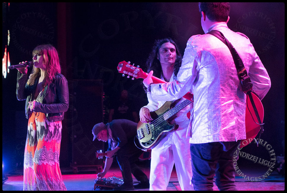 Hash and Rob have a moment as LouLou sings at the Greek Theater in LA
