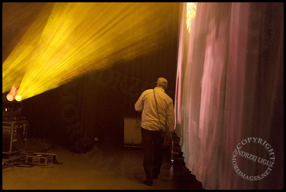 Production manager Chip makes his way to the other side of the stage at the Santa Barbara Bowl