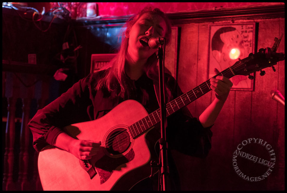 Lindsay Kupser performing at The Ugly Truth Songwriter Night