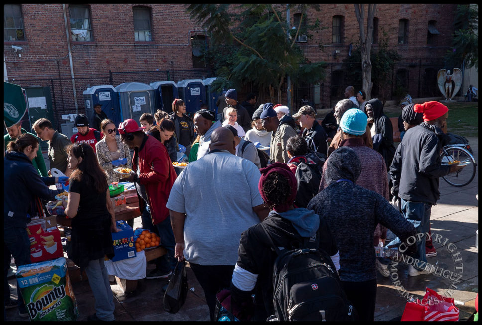 The famished arrive, San Julian Park, Skid Row, LA, Christmas Day 2018