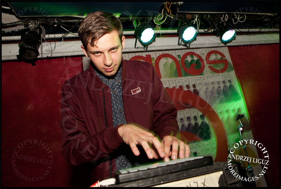 Flume DJing during CMJ 2012 © Andrzej Liguz/moreimages.net. Not to be used without permission