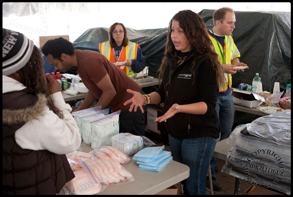 Volunteer workers giving out supplies in the Long Island Power Authority Tent. © Andrzej Liguz/moreimages.net. Not to be used without permission.