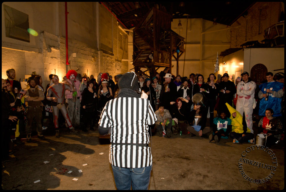 The audience waiting for the Idiotarod Awards announcements at Gowanus Ballroom during the Cirque de Idiotarod Afterparty © Andrzej Liguz/moreimages.net. Not to be used without permission