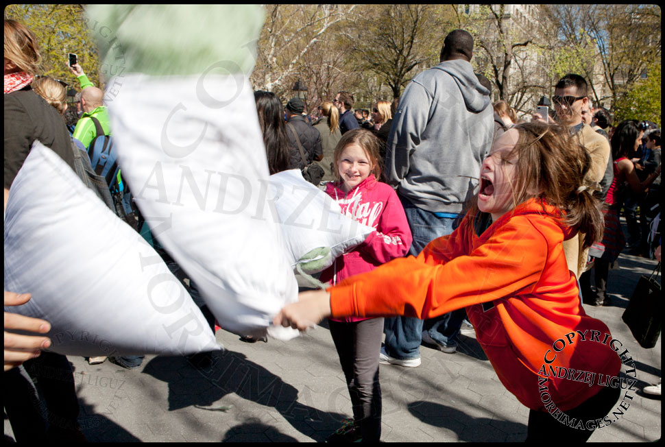 International Pillow Fight Day in NYC © Andrzej Liguz/moreimages.net. Not to be used without permission